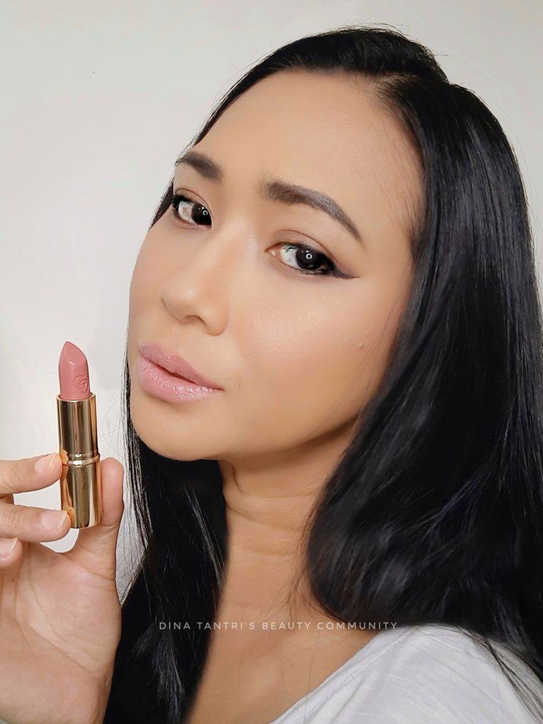 Giordani Gold Iconic Lipstick SPF15